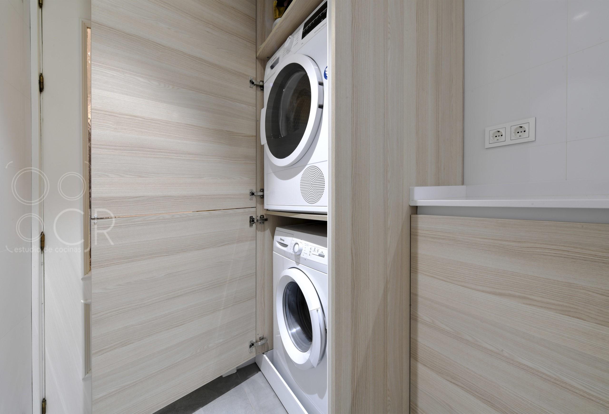 torre de lavadora y secadora integrada